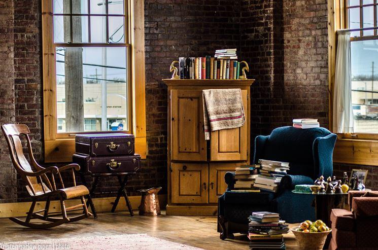 Angolo lettura arredare la casa creare un angolo lettura for Arredamento classico casa