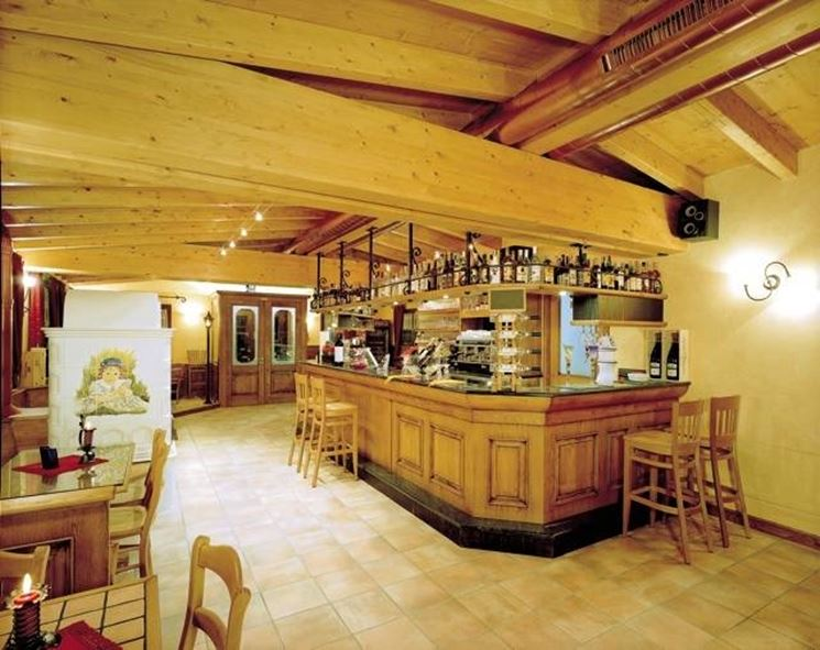 Arredare una tavernetta arredare la casa tavernetta arredamento - Casa stile country rustico ...