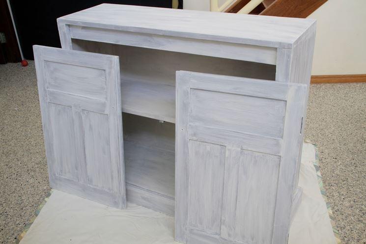Costruire un armadio a muro fai da te cura dei mobili - Costruire un mobile in legno ...