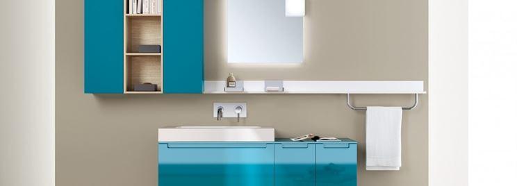 Mobile per lavabo colorato
