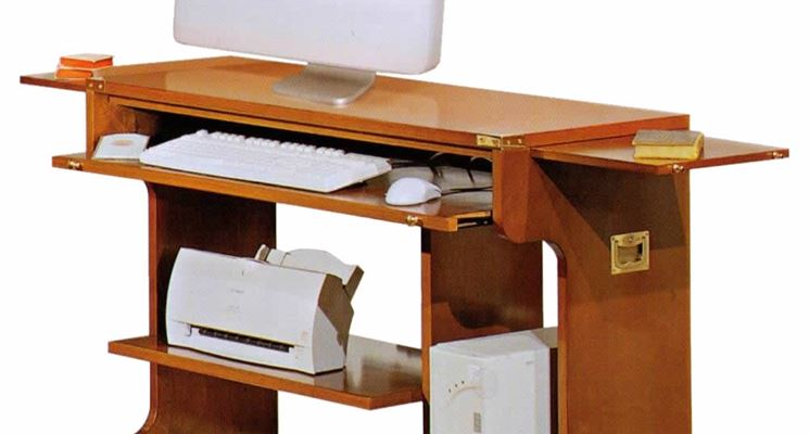Modelli porta computer in legno