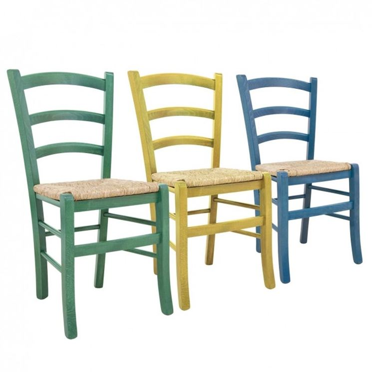 Modelli di sedie colorate cura dei mobili variet d for Sedie classiche