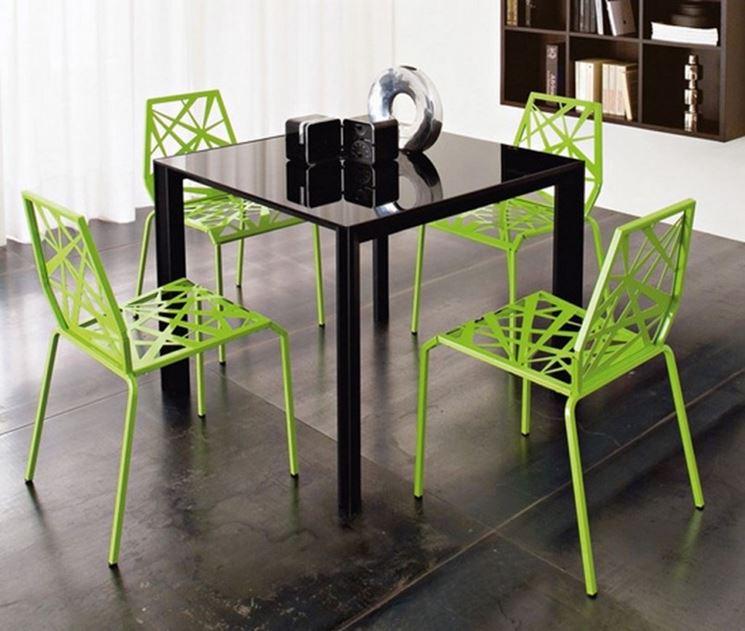 Modelli di sedie colorate cura dei mobili variet d for Sedie modelli