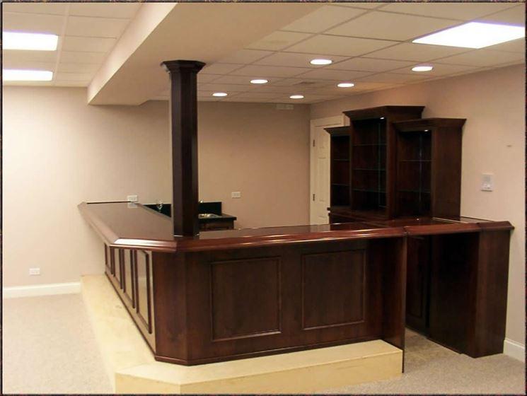 Realizzare un angolo bar in casa cura dei mobili - Angolo bar per casa ...
