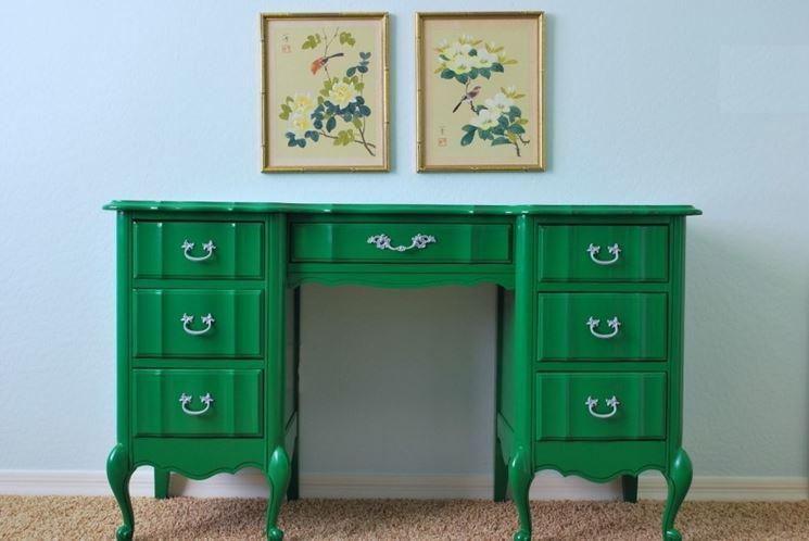 restauro dei mobili fai da te - cura dei mobili - restaurare da soli