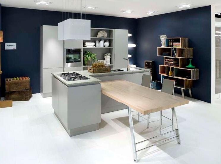 Scelta della cucina a penisola cura dei mobili scelta for Grandi isole di cucina