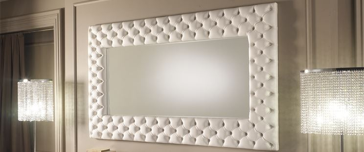 Tipologie di specchi d arredamento cura dei mobili - Specchi arredo camera da letto ...
