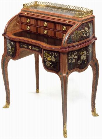 Valutare i mobili antichi cura dei mobili valutare i for Valutazione mobili antichi