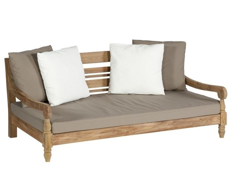 Come scegliere un divano da giardino il divano divano for Divano esterno legno