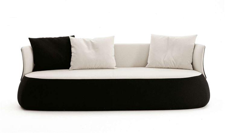 Consigli per comprare un divano il divano come scegliere il divano giusto - Un divano per dodici ...