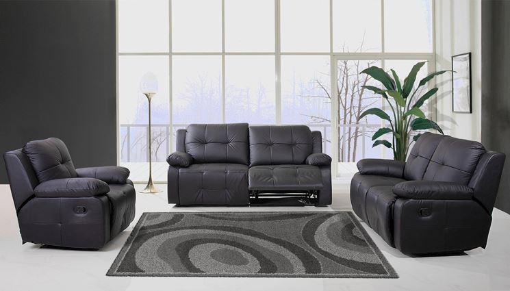 Divani e poltrone il divano la scelta dell 39 arredamento - Feltrini mobili ...
