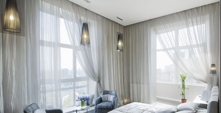 Tende con installazione a soffitto