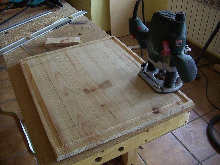 Macchine Per Lavorare Il Legno : Come usare la fresa attrezzi elettrici utilizzo della fresa per