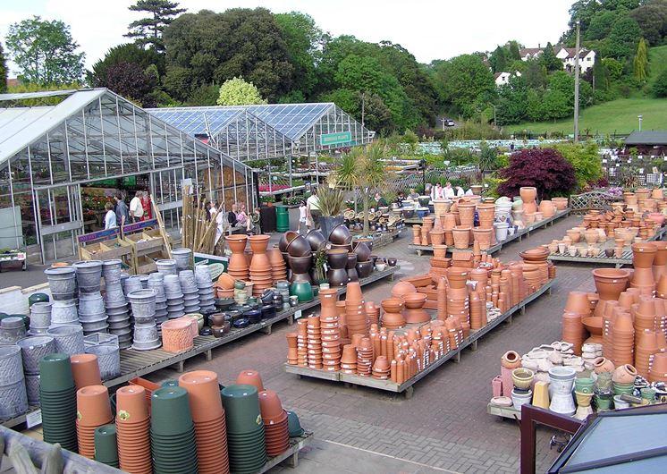 Un comune negozio per il giardinaggio e l'agricoltura