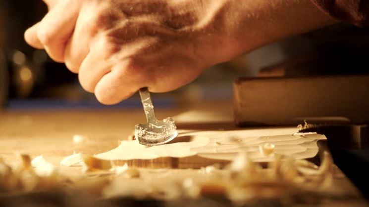 levigare il legno come una lima