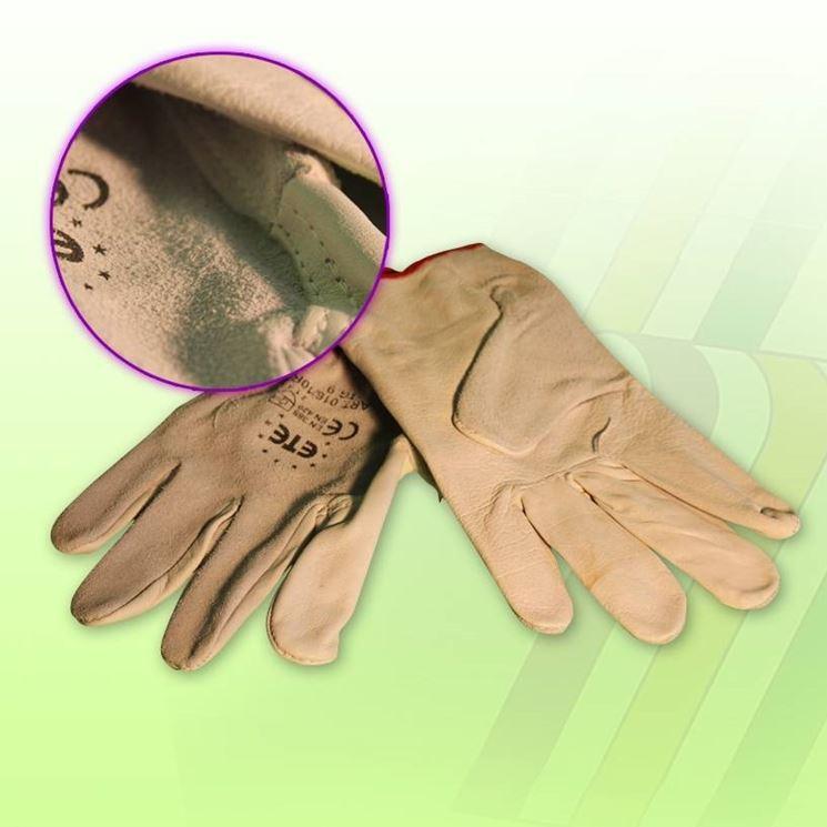 la normativa sui guanti da lavoro