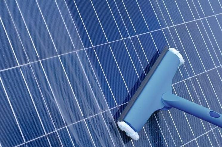 Pulizia del pannelli solari