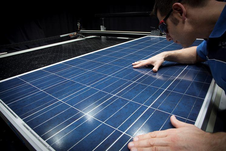 Certificazione moduli - Simulatore solare