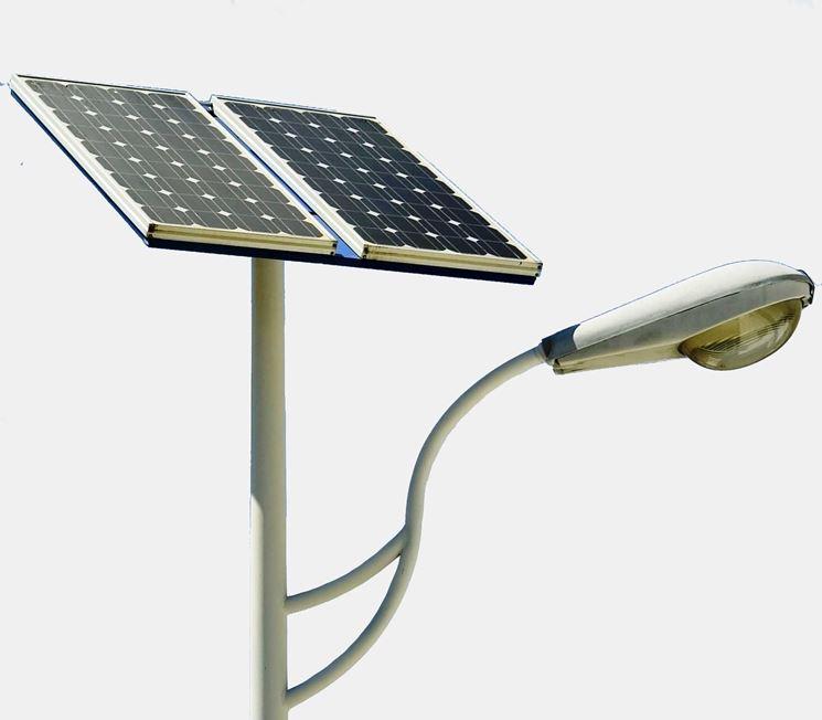 come funzionano i lampioni fotovoltaici