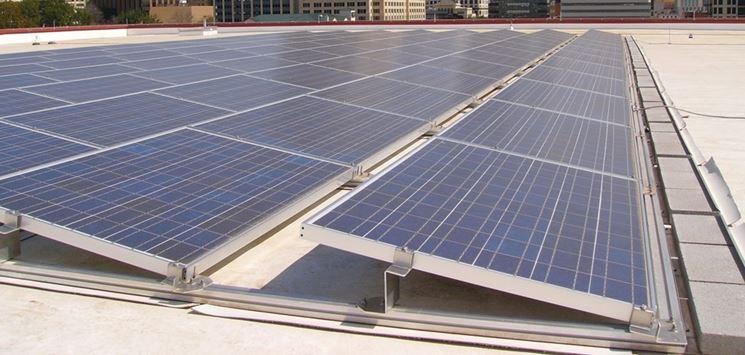 Eseguire Il Montaggio Pannelli Fotovoltaici Pannelli