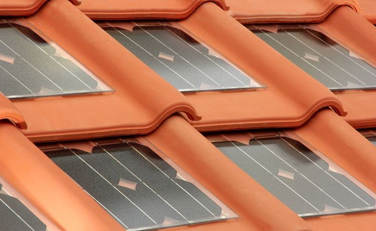 Le tegole fotovoltaiche sono facili da posare