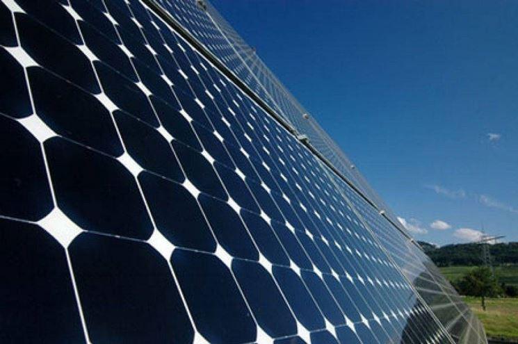 Anche le fonti rinnovabili possono concorrere al risparmio in bolletta