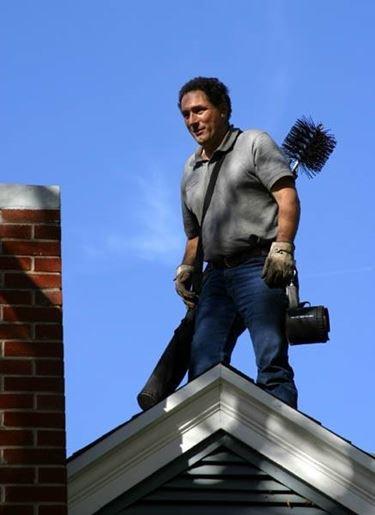 Per la pulizia dall'alto è meglio affidarsi a un esperto