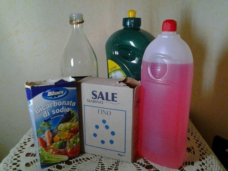 I migliori detersivi per la casa come pulire i migliori detersivi per la casa - Come fare i detersivi in casa ...