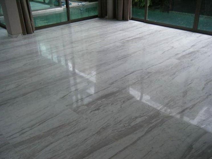 pulizia pavimenti marmo - Come Pulire - Pulire i pavimenti in marmo