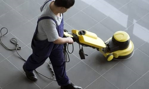 Pulizia pavimenti come pulire consigli per pulire i for Pulire con vapore