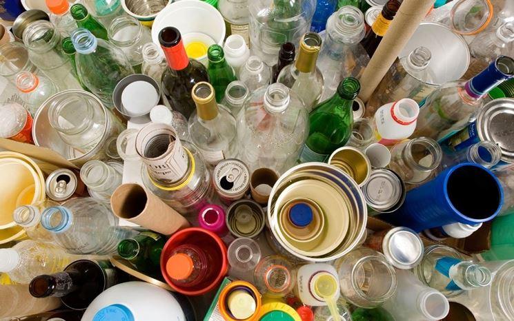 Colorazioni rifiuti differenziati.