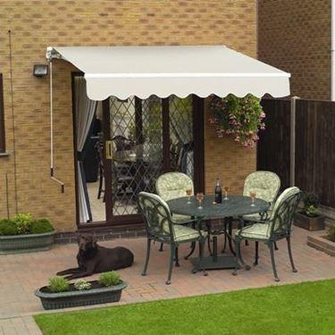 Una buona protezione solare per il giardino