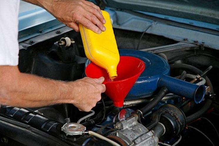 olio al motore
