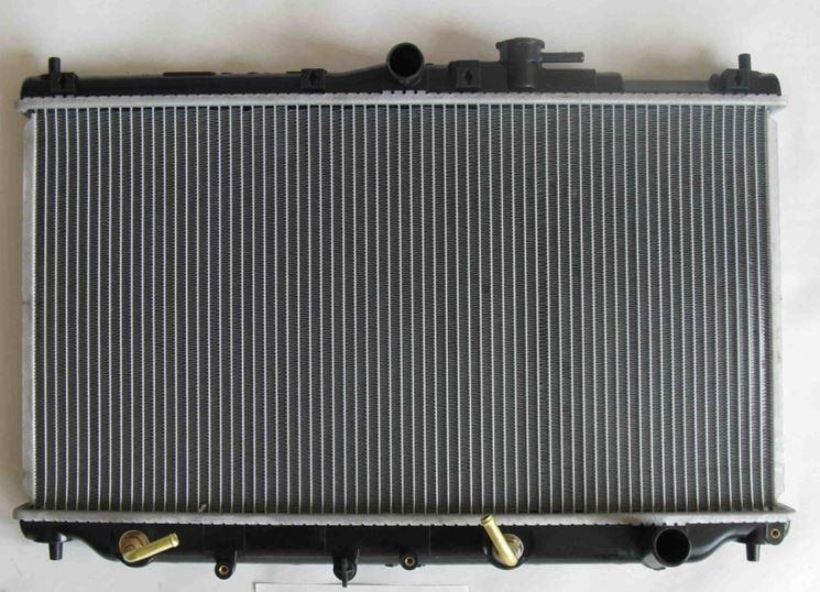 Esempio struttura automobile e radiatore
