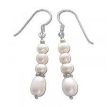 Orecchini con perline alternate in forma e dimensioni