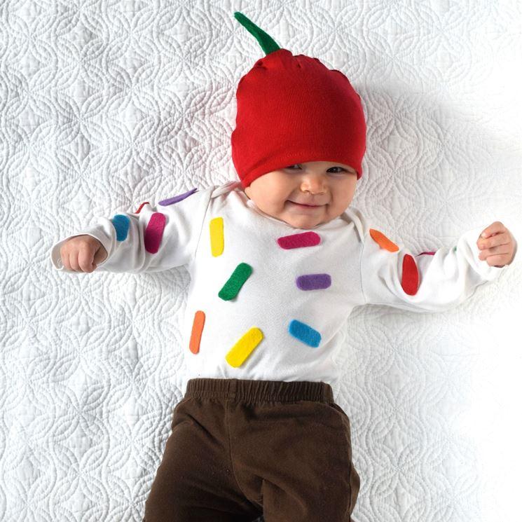 Costume di carnevale fai da te da sushi per neonati