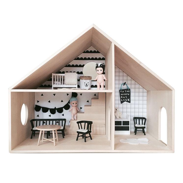 Casa delle bambole in cartone: la struttura