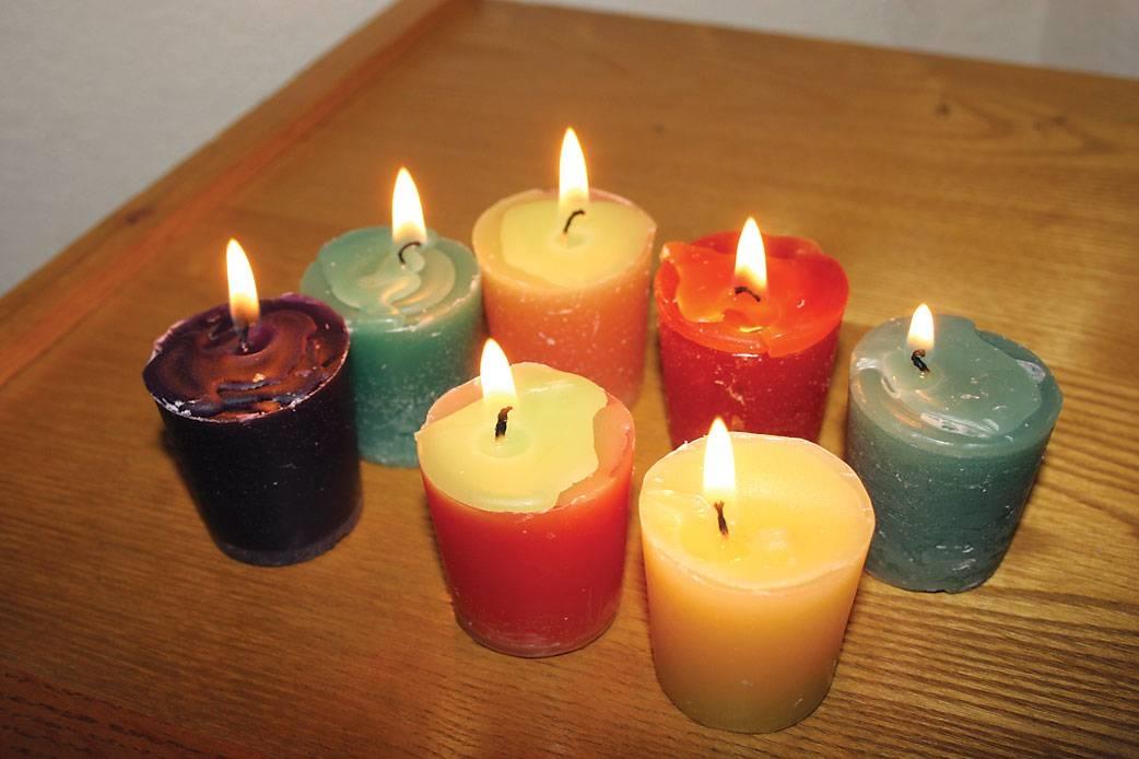 Come realizzare candele fai da te il bricolage for Candele colorate