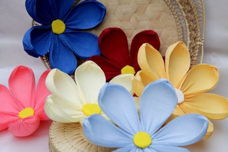 Risultati immagini per fiorellini di carta pasqua