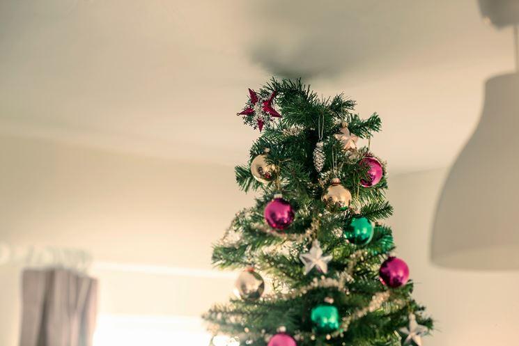 Albero di Natale rosso