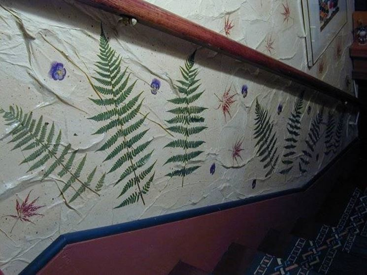 scala decorata con decoupage