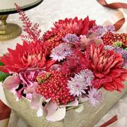 Una compisizione floreale porter� una ventata di colore ed allegria nella vostra casa. (Fonte: Frogview.com)