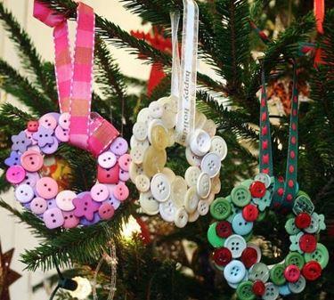 riciclo creativo per realizzare ghirlande natalizie