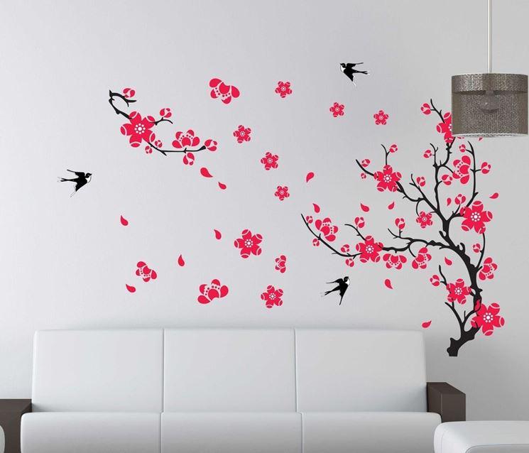 Decorazioni floreali su parete