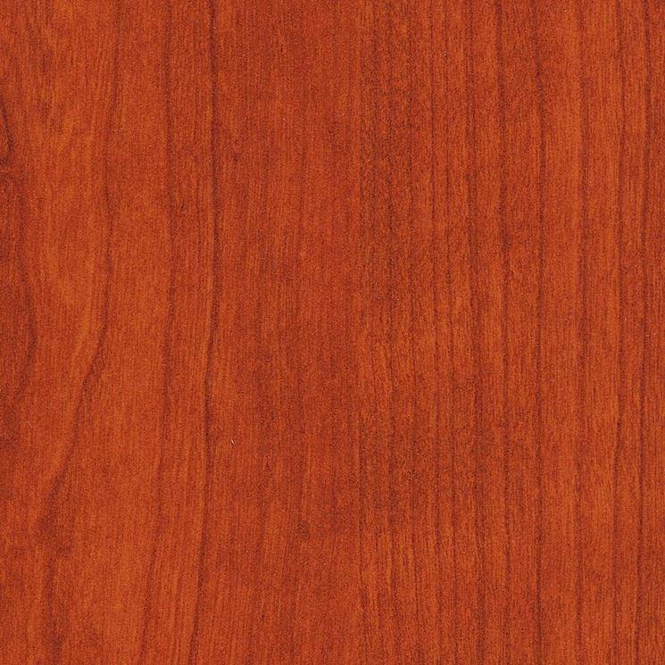Il tipico colore rossatro del ciliegio