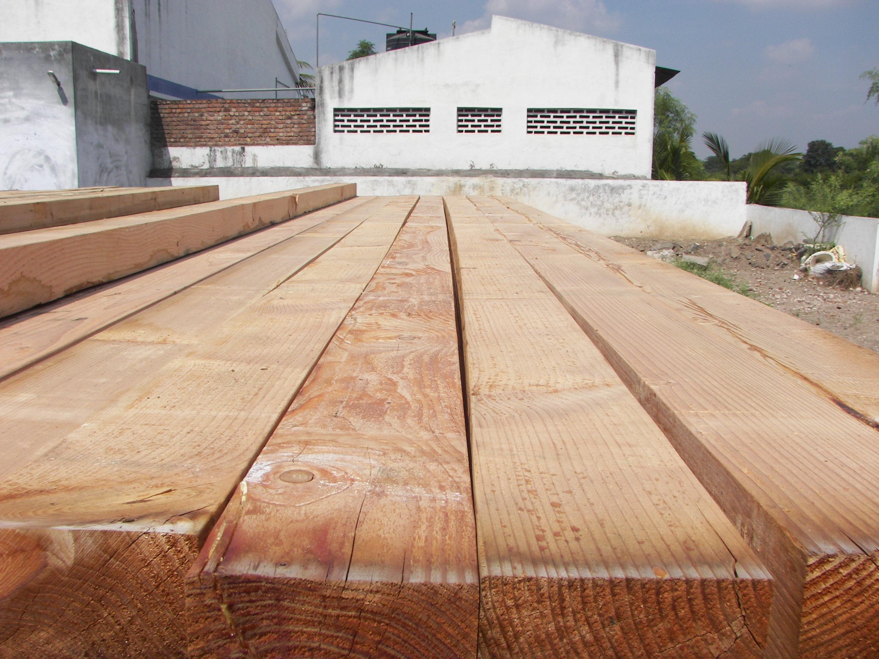 Mobili lavelli prezzo del legno abete - Tavole abete prezzo al metro cubo ...