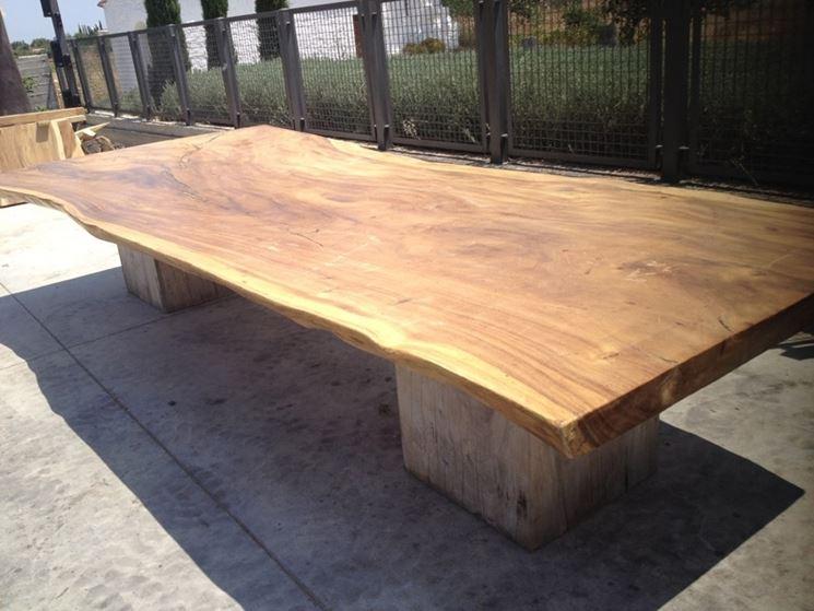 Caratteristiche legno massello lavorare il legno il - Tavoli rustici fai da te ...