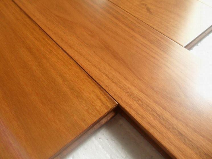 https://www.casapratica.it/fai-da-te/lavorare-il-legno/caratteristiche-legno-teak_NG4.jpg