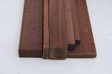 Listelli legno in mogano