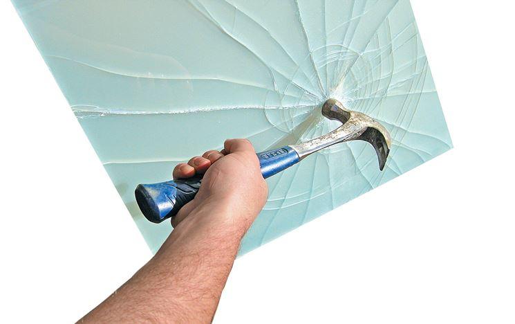 Rottura sicura del vetro stratificato